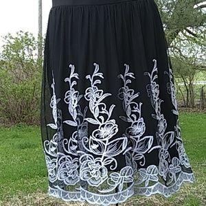 3/$13 Alfani Skirt Large